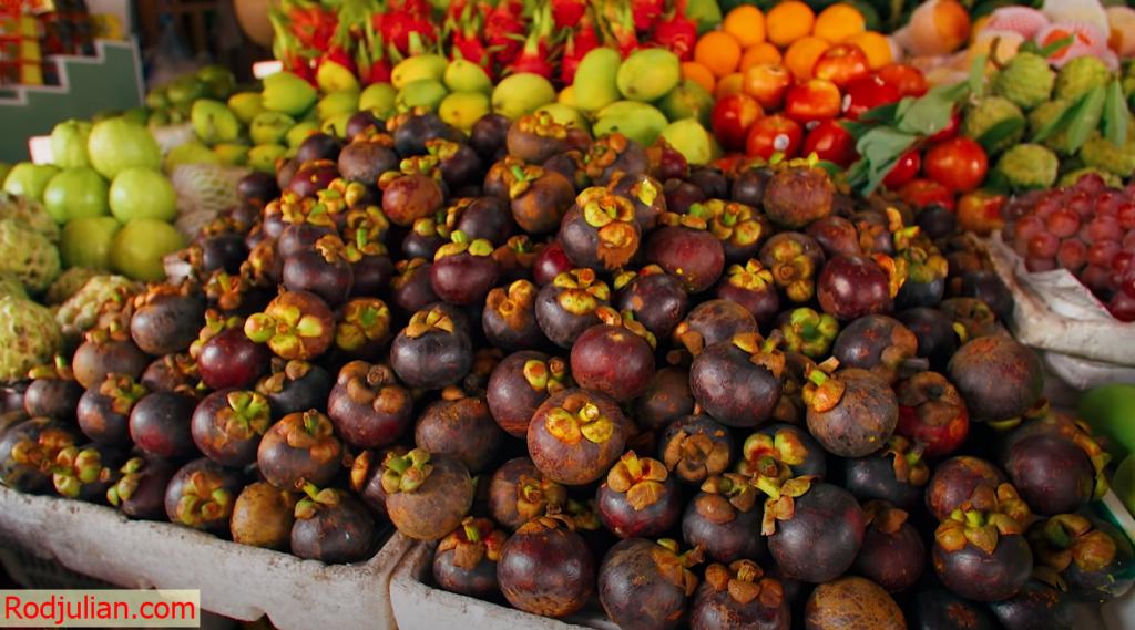 5 Crazy Fruits of Southeast Asia!