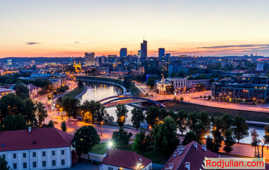 Top 15 beautiful places in Eastern Europe !Travel