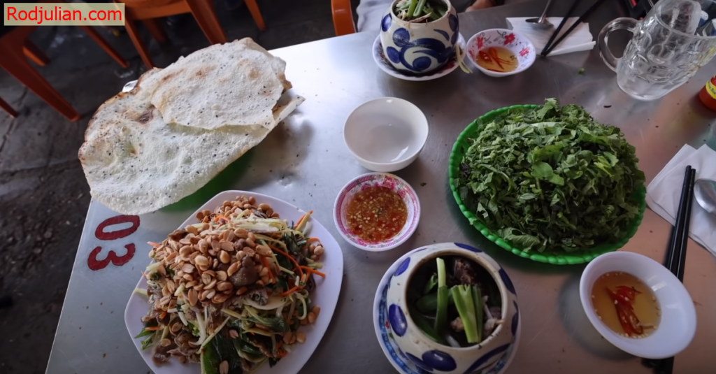 Delicious food in Vietnam you can't help but know! Food